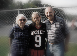 Jonelle with Dad and Grandma O